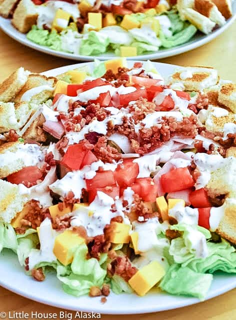 Club Sandwich Salad with bacon Dressing