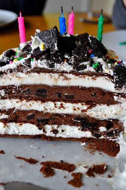 Inside of an Oreo Ice Cream Cake