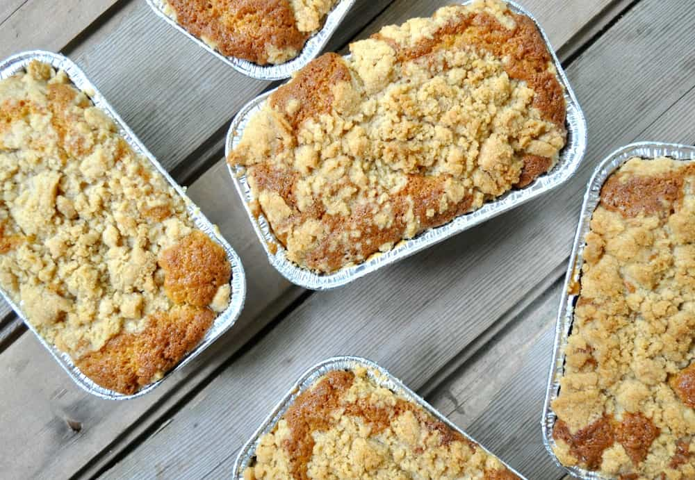 Rhubarb Bread with Streusel Topping Recipe