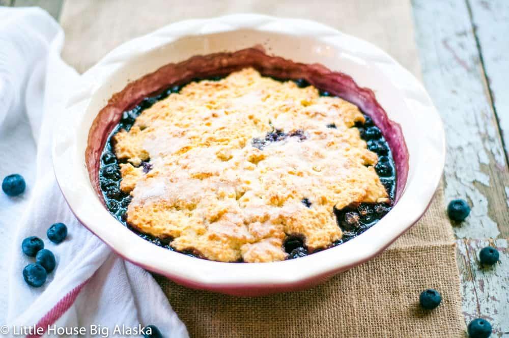 summer dessert in a pie pan