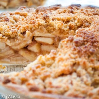 Crumb Top Dutch Apple Pie