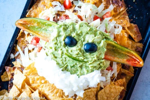 the child edible nachos
