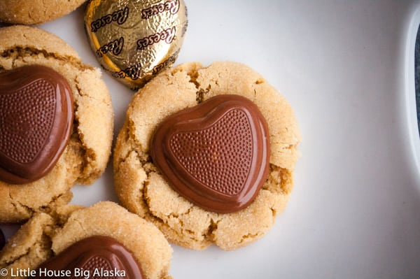 valentine's day peanut butter cup cookies