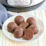 Super easy and tasty Instant Pot Brownie Bites